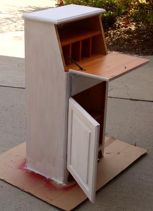 cabinet-primer